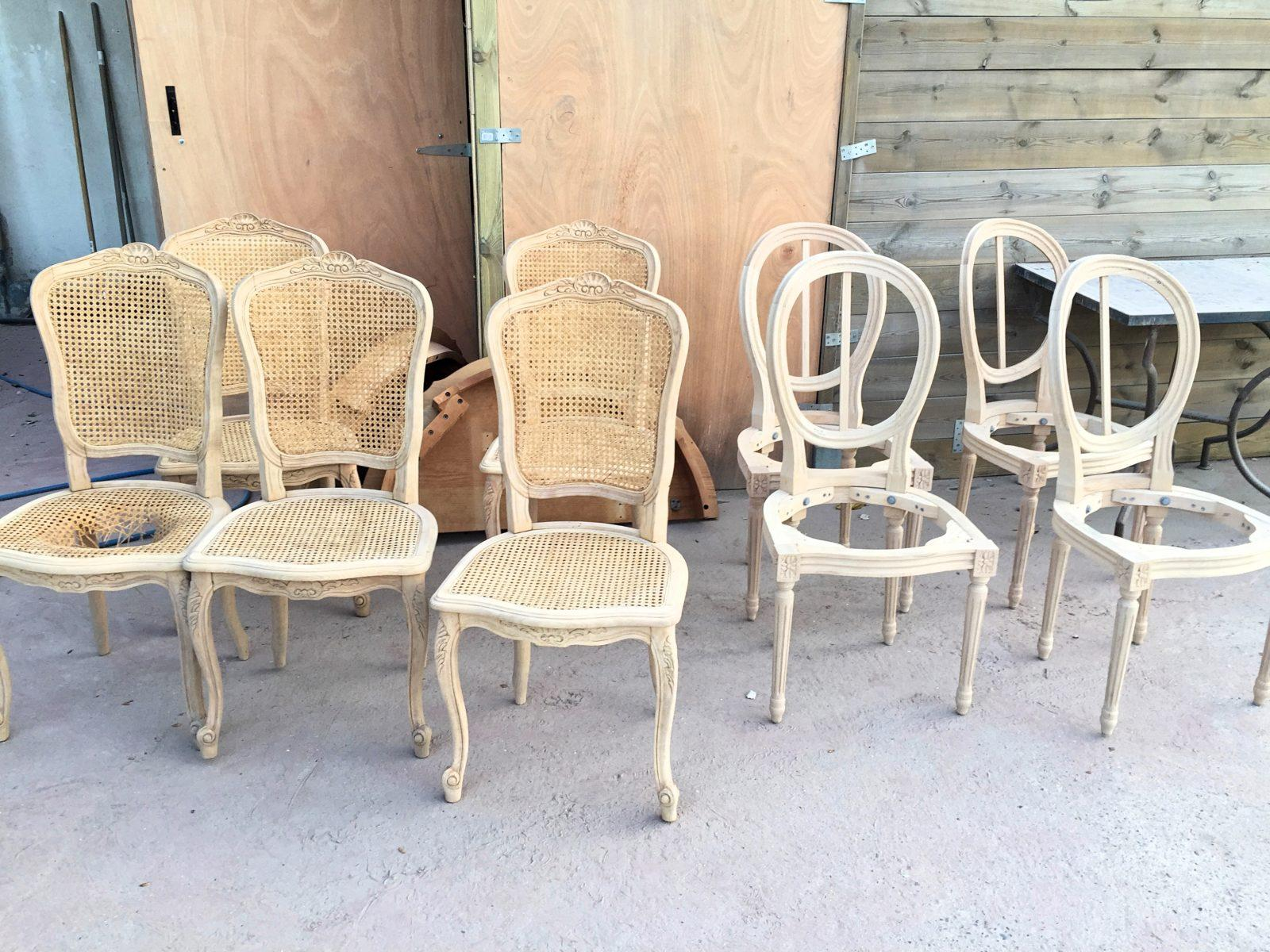 Comment Restaurer Une Chaise En Bois service de décapage à sec meubles bois avant peinture dpt 06